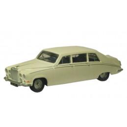 Daimler DS420 blanche