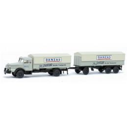 camion Krupp Titan avec...