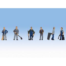 Gardiens d'immeuble au travail